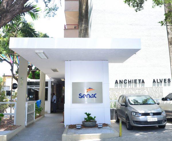 Faculdade Senac na Av. Visconde de Suassuna