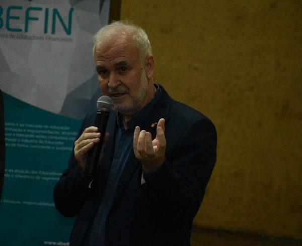 Reinaldo Domingos tratou sobre educação financeira
