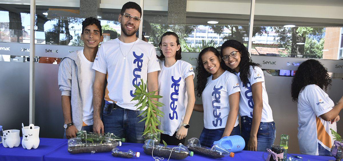 Alunos do Programa de Aprendizagem participam de oficinas de sustentabilidade