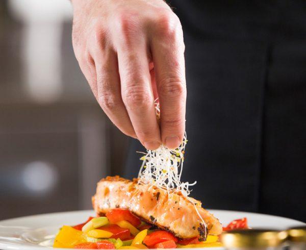 Faculdade Senac debate tendências do mercado gastronômico no Vale